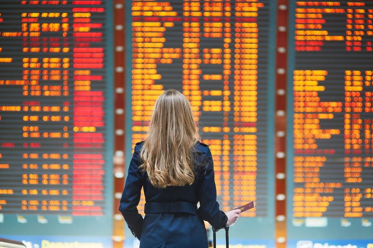 When is the Best Time to Book an International Flight?